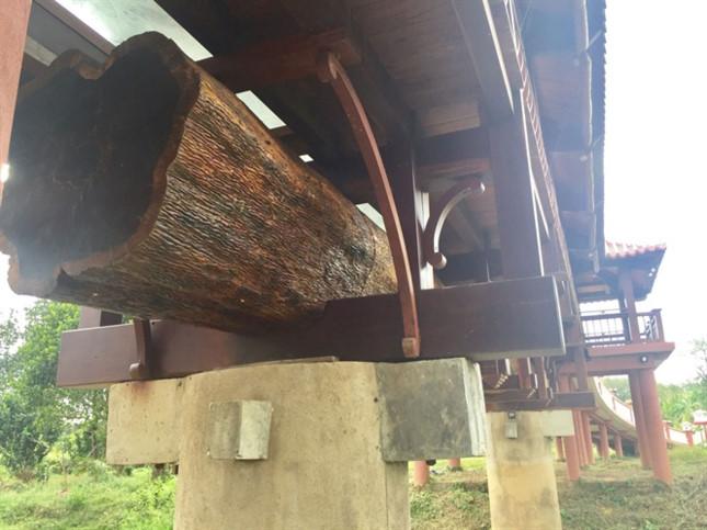 Trao kỷ lục cho cây cầu gỗ lợp ngói dài nhất Việt Nam - ảnh 2