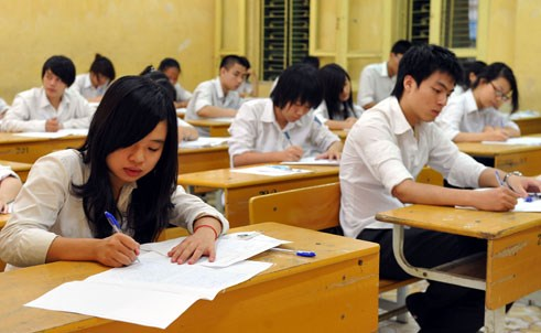 Học sinh lớp 12 Hà Nội