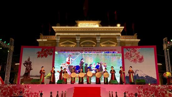 Hải Phòng: Khai mạc Lễ hội hoa anh đào năm 2018