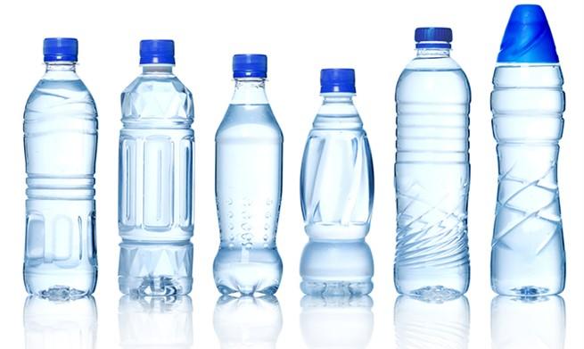 Nước uống đóng chai - Thủ phạm gây nhiều căn bệnh nguy hiểm