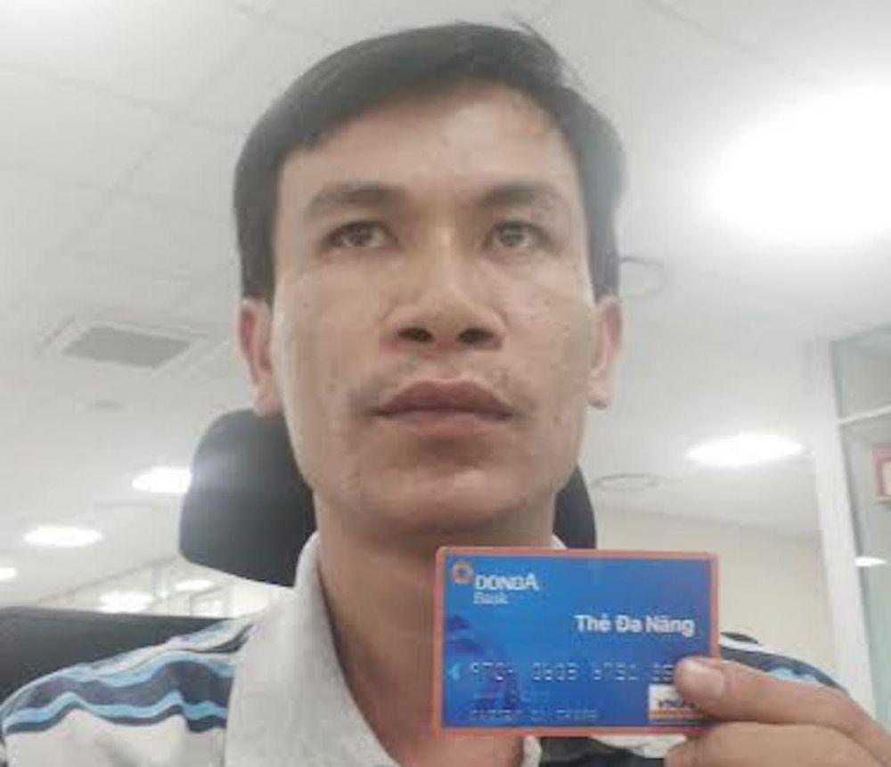 Chủ thẻ DongAbank