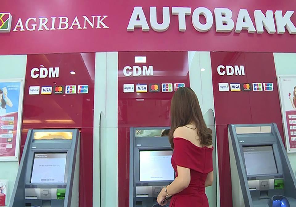 """Agribank thống nhất hoàn trả tiền cho các tài khoản bị """"hack"""""""