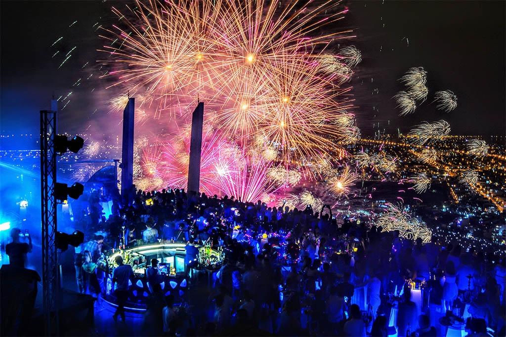 Ngoài sân khấu, đây là những điểm ngắm pháo hoa đỉnh nhất ở Đà Nẵng