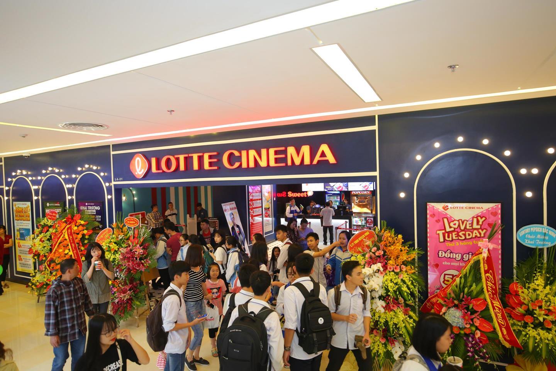 Hệ thống rạp chiếu film chuẩn quốc tế Lotte Cinema tại Vincom đặc biệt thu hút giới trẻ