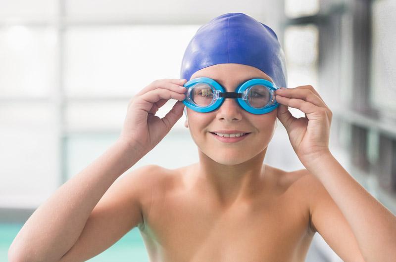 Những lưu ý cần khi đi bơi ngày hè