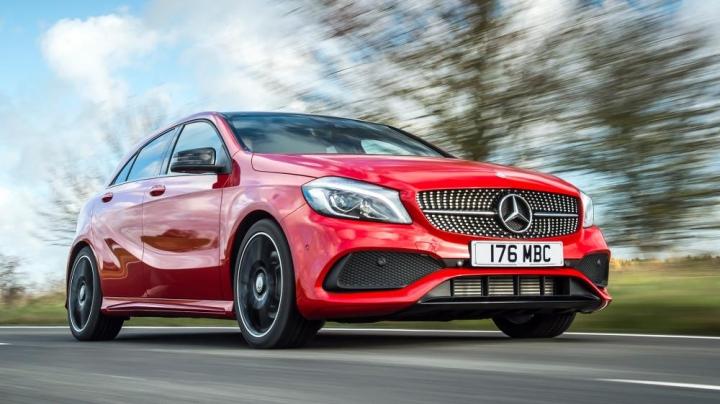 Vì sao Mercedes-Benz Việt Nam triệu hồi 300 xe?