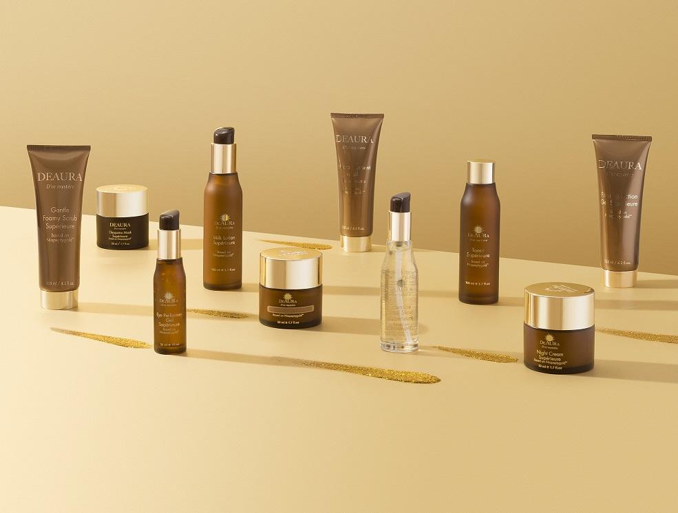 Tất cả các sản phẩm của DeAura đều chứa lượng lớn vàng 24 Karat mang lại hiệu quả trẻ hóa da vượt trội.