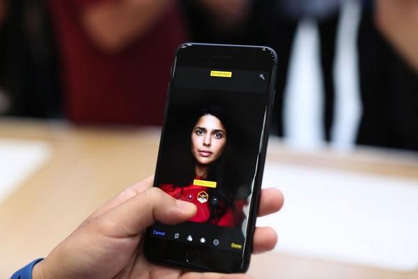 Điện thoại nào có camera chụp chân dung đẹp nhất?
