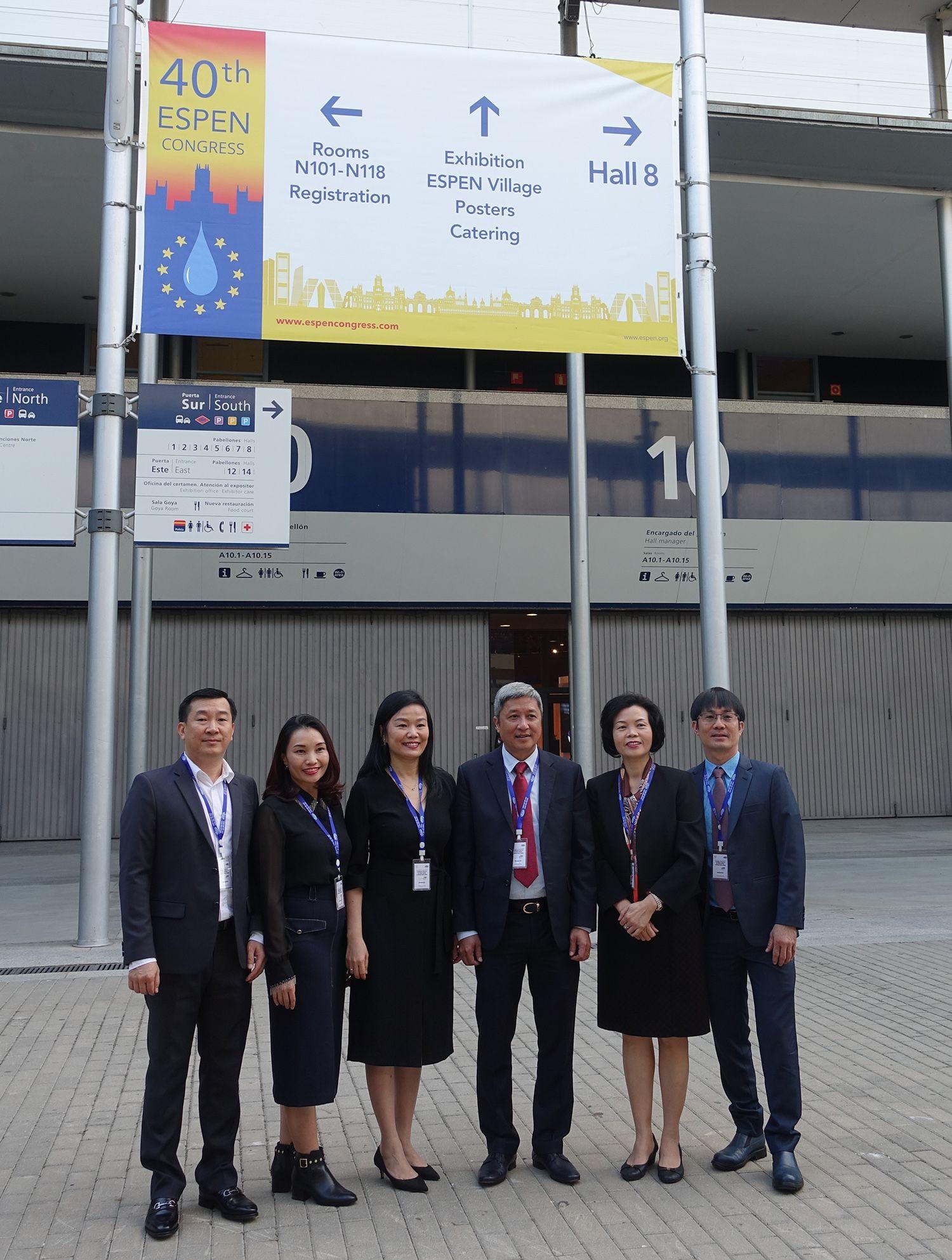 Đại diện lãnh đạo Bệnh viện Chợ Rẫy và Vinamilk tham dự Hội nghị dinh dưỡng lâm sàng quốc tế ESPEN 2018 tại thành phố Madrid, Tây Ban Nha