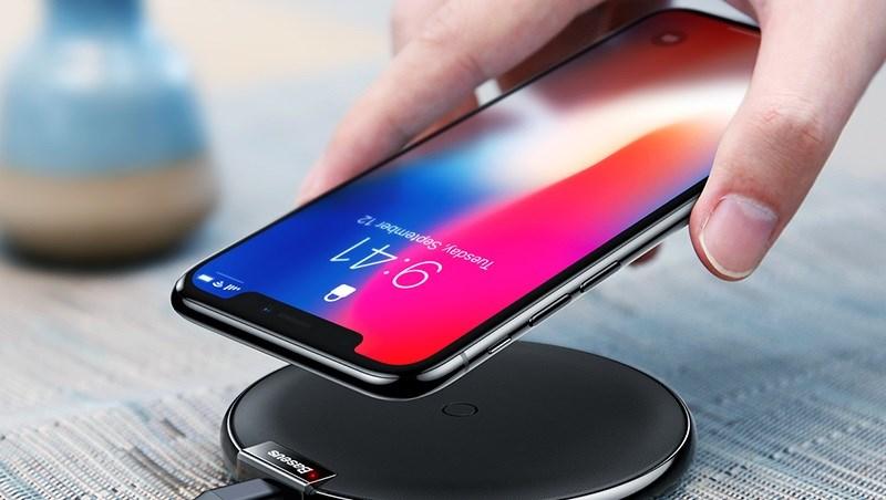 Sạc không dây cho iPhone Xs có nhanh hơn so với iPhone X?