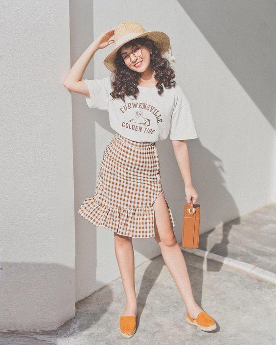 Những mẫu váy trẻ trung, rạng rỡ diện thu cho phái đẹp