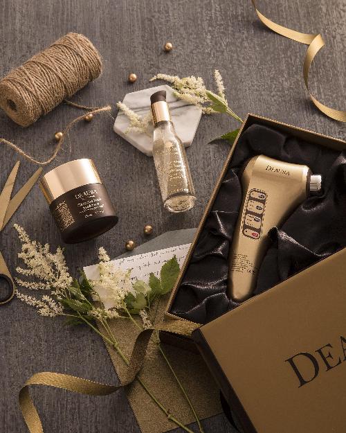 Bộ mỹ phẩm cao cấp Deaura được Venesa phân phối tại thị trường Việt.