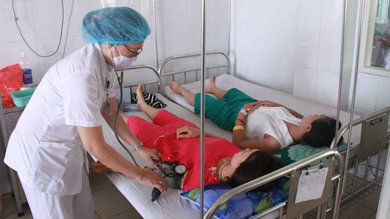 Lai Châu: 42 người nhập viện sau khi ăn thịt trâu