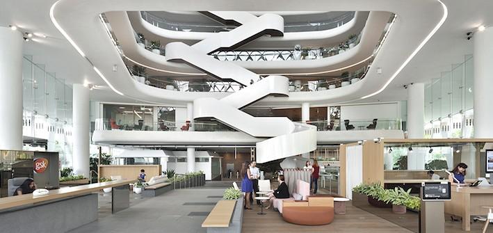 Văn phòng GSK Asia tại Singapore kết hợp giữa cây xanh ở mọi cấp độ của tòa nhà.