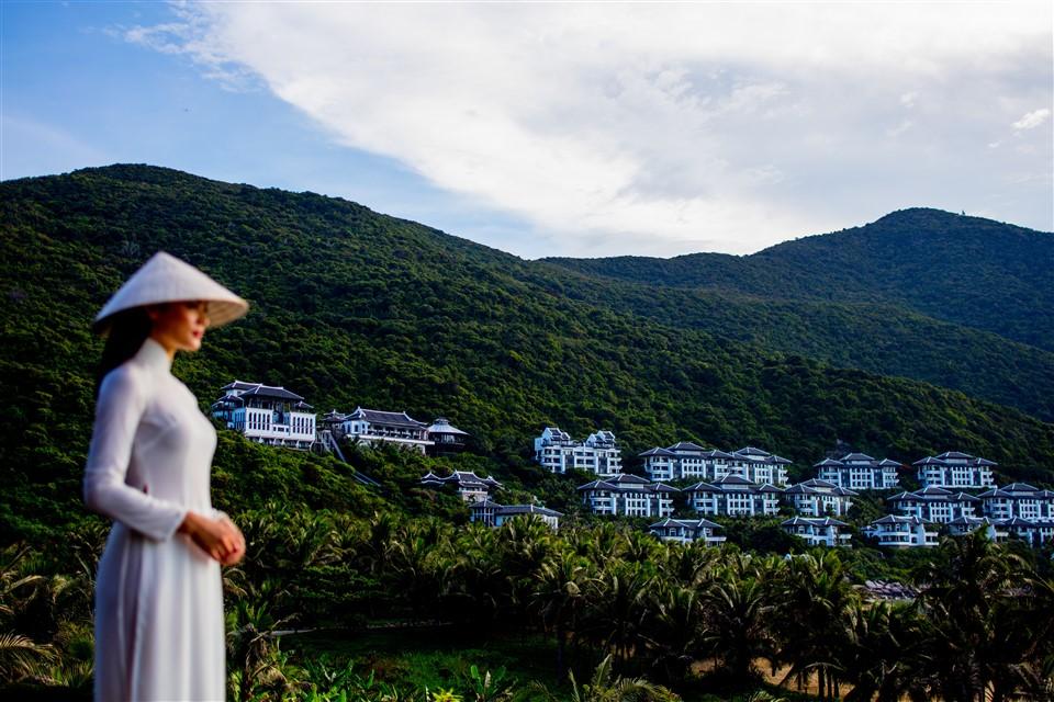 """InterContinental Danang Sun Peninsula Resort được vinh danh """"Khu nghỉ dưỡng biển hàng đầu thế giới"""""""