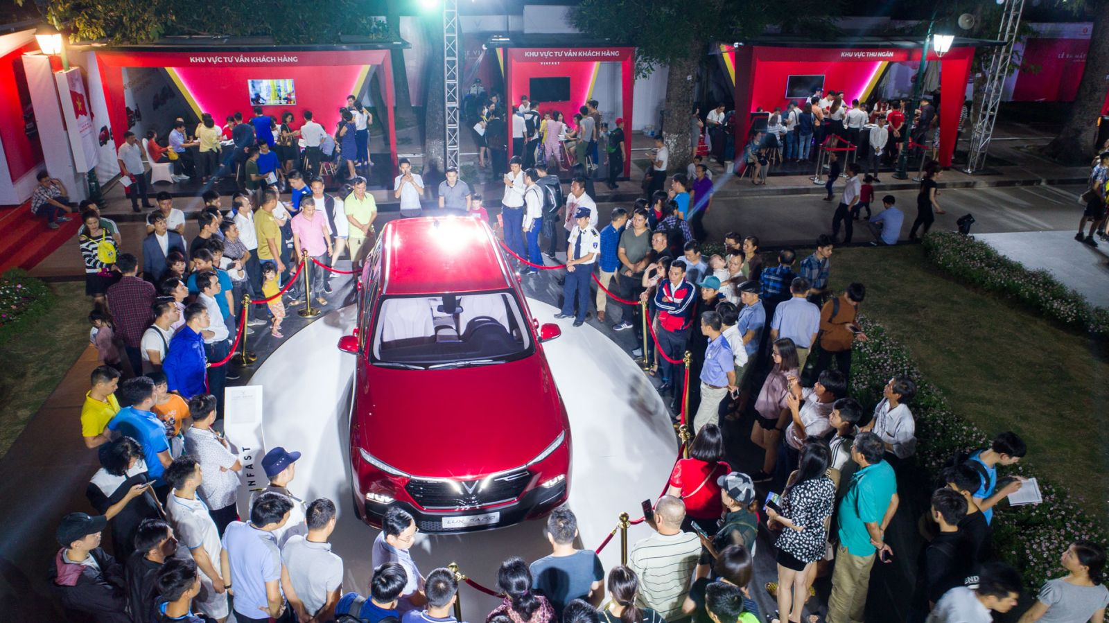 Hơn 2000 đơn hàng ô tô xe máy VinFast đã được đăng ký đặt mua