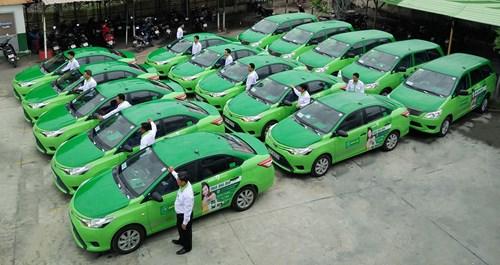 Hà Nội: Taxi sắp không phải mặc đồng phục, quản số lượng?