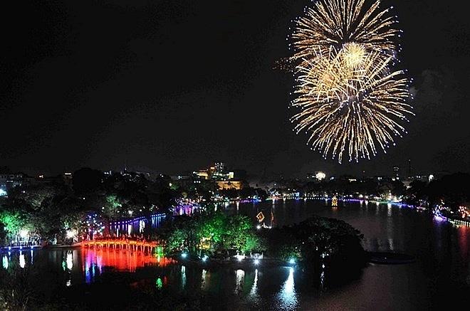 Hà Nội dự kiến bắn pháo hoa tại 30 điểm dịp Tết Nguyên đán 2019