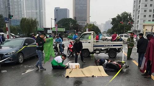 Quận Cầu Giấy, TP Hà Nội: Vỉa hè, lòng đường Nguyễn Chánh bị chiếm dụng làm nơi đỗ xe trái phép
