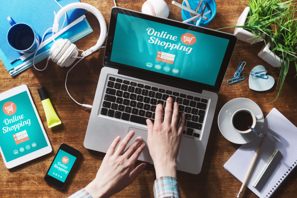Mua sắm online đang ngày càng phổ biến