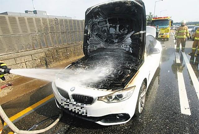 Hàn Quốc thẳng tay trừng phạt BMW sau vụ hàng loạt xe tự bốc cháy