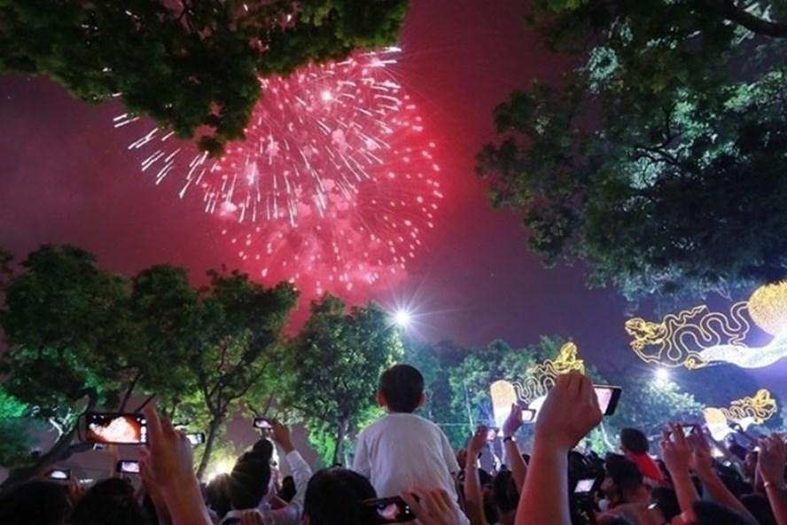 Hà Nội sẽ bắn pháo hoa vào giao thừa Tết Nguyên đán Kỷ Hợi 2019