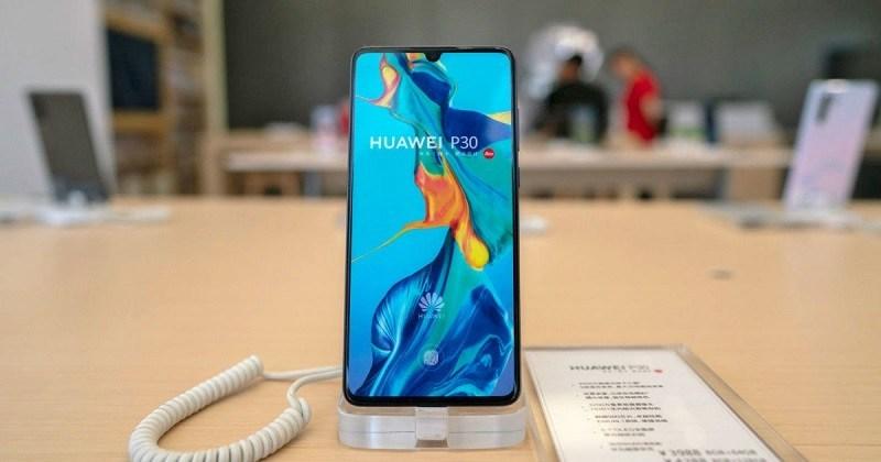 Giá bán điện thoại mang hệ điều hành đầu tiên của Huawei