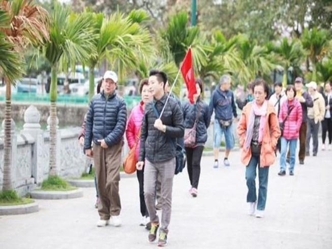 Khó khăn trong việc ngăn chặn các tour du lịch giá rẻ tại Quảng Ninh