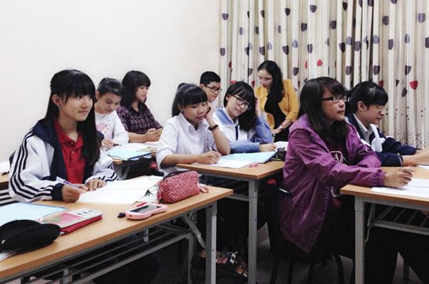 Hà Nội: Cấm giáo viên