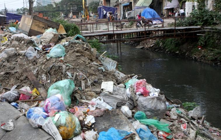 Chất thải rắn - nỗi ám ảnh của môi trường đô thị