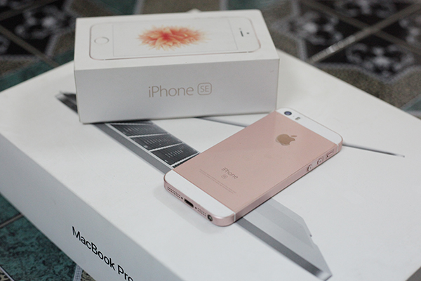 iPhone SE không nằm trong danh sách hỗ trợ thay pin