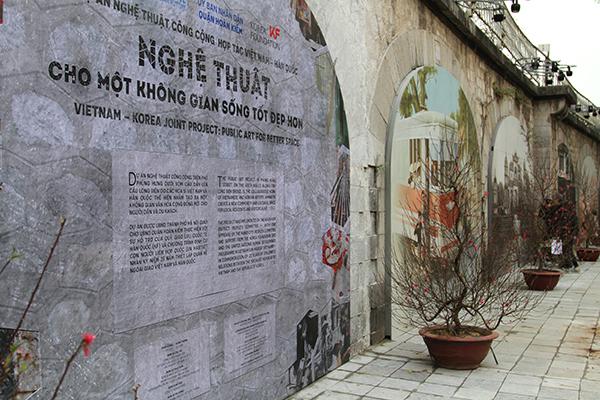 Khám phá Hà Nội xưa qua phố bích hoạ Phùng Hưng