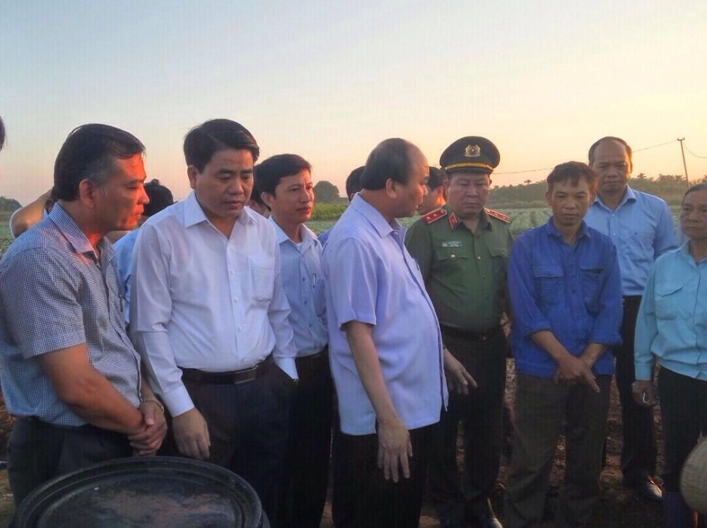Thủ tướng Nguyễn Xuân Phúc về thăm xã Văn Đức
