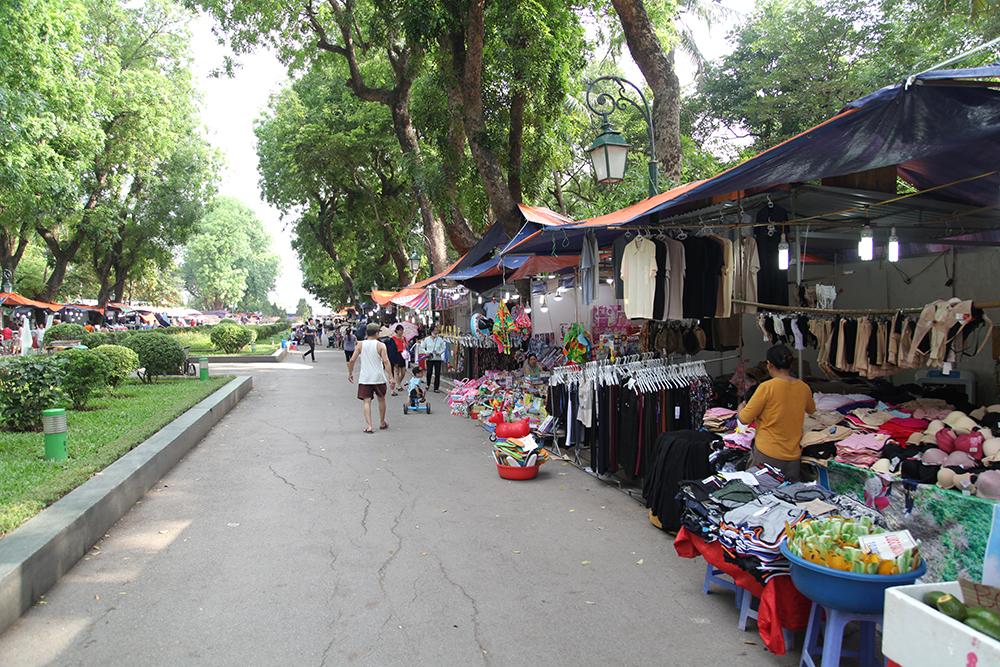 Với trên 100 gian hàng tại công viên Thống Nhất, hội chợ thực sự là điểm đến lý tưởng cho các gia đình ngày 1/6.