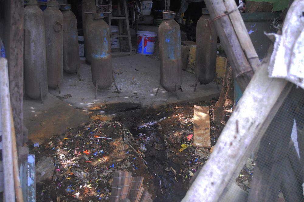 Nước thải đưa trực tiếp xuống hồ mà không qua xử lý