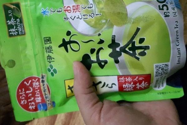 Dầu ăn, hạt nêm, gia vị, bột làm bánh..., của Nhật Bản được nhiều người tiêu dùng ưa chuộng. Trong căn bếp của nhiều người, bột trà xanh Nhật Bản là thực phẩm không thể thiếu vì công dụng đa năng, vừa dùng để nấu nướng vừa có thể sử dụng để làm đẹp