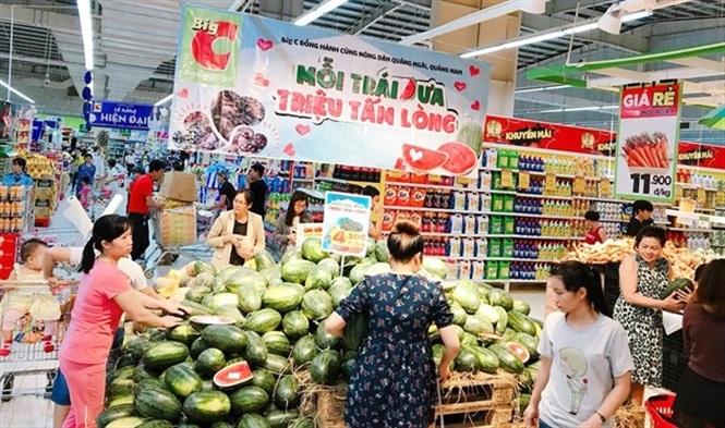 Hệ thống siêu thị tham gia giải cứu dưa hấu, bí đỏ