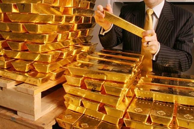 Đồng USD kìm đà tăng giá vàng
