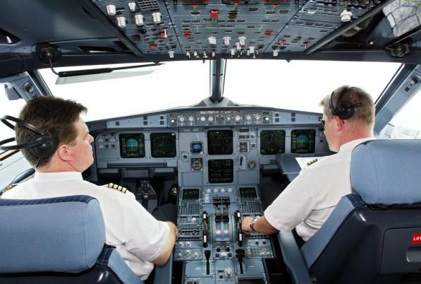 Những hãng hàng không nào trả lương phi công cao nhất Việt Nam?
