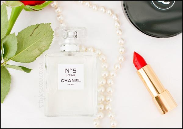Đây cũng chính là mùi hương cổ điển nhất trong những mùi hương cổ điển và cuốn hút cả hai giới.