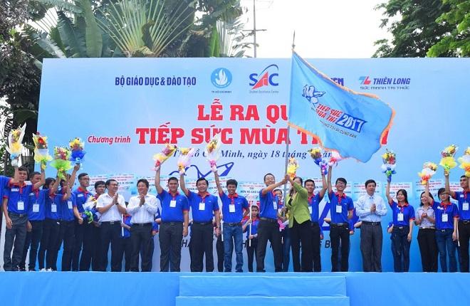 Gần 5000 tình nguyện viên thủ đô tham gia Tiếp sức mùa thi 2018