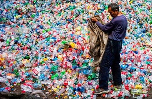 Số nhựa được sản xuất trong 10 năm qua nhiều hơn trong cả thế kỷ 20