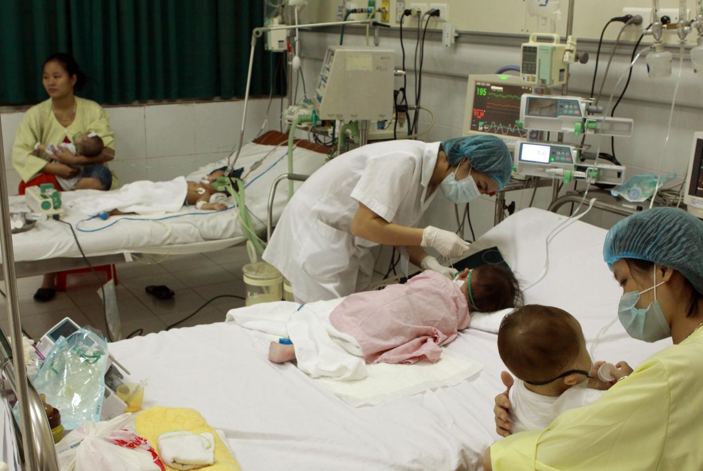 Hà Nội: Nhiều trẻ nhập viện trong tình trạng nguy kịch vì bệnh Sởi
