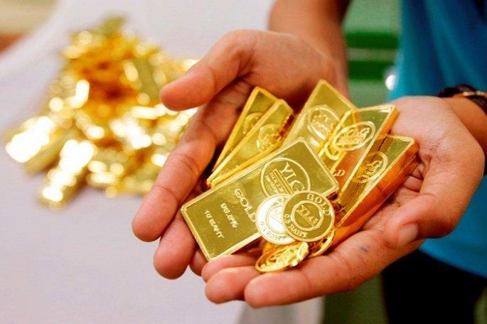 Giá vàng ngày 22/8: Đồng USD bất ngờ giảm, vàng nhẹ nhàng đi lên