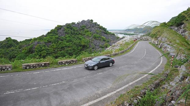 Chuyên gia Anycar hướng dẫn sử dụng phanh ô tô hiệu quả khi đi đường đèo dốc