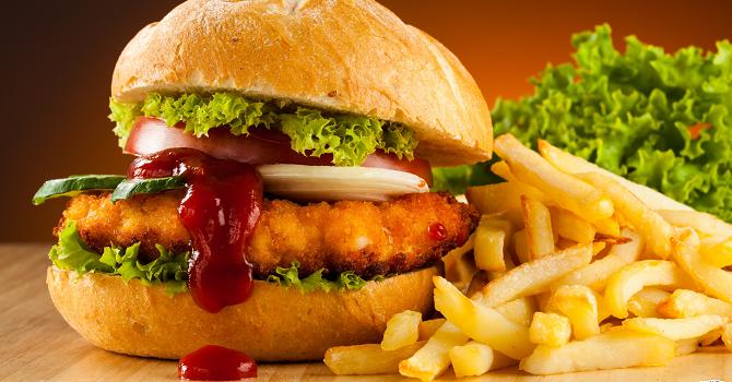 Tác hại của thức ăn nhanh đến sức khỏe không ai ngờ tới