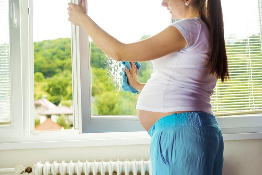 Phụ nữ đang mang thai tuyệt đối không nên làm 10 điều này