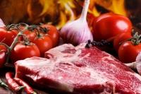 Phụ nữ không nên ăn quá nhiều thịt đỏ