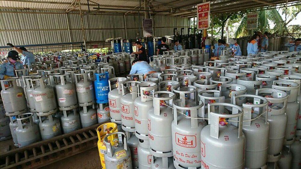 Giá gas tiếp tục tăng mạnh trong tháng 8