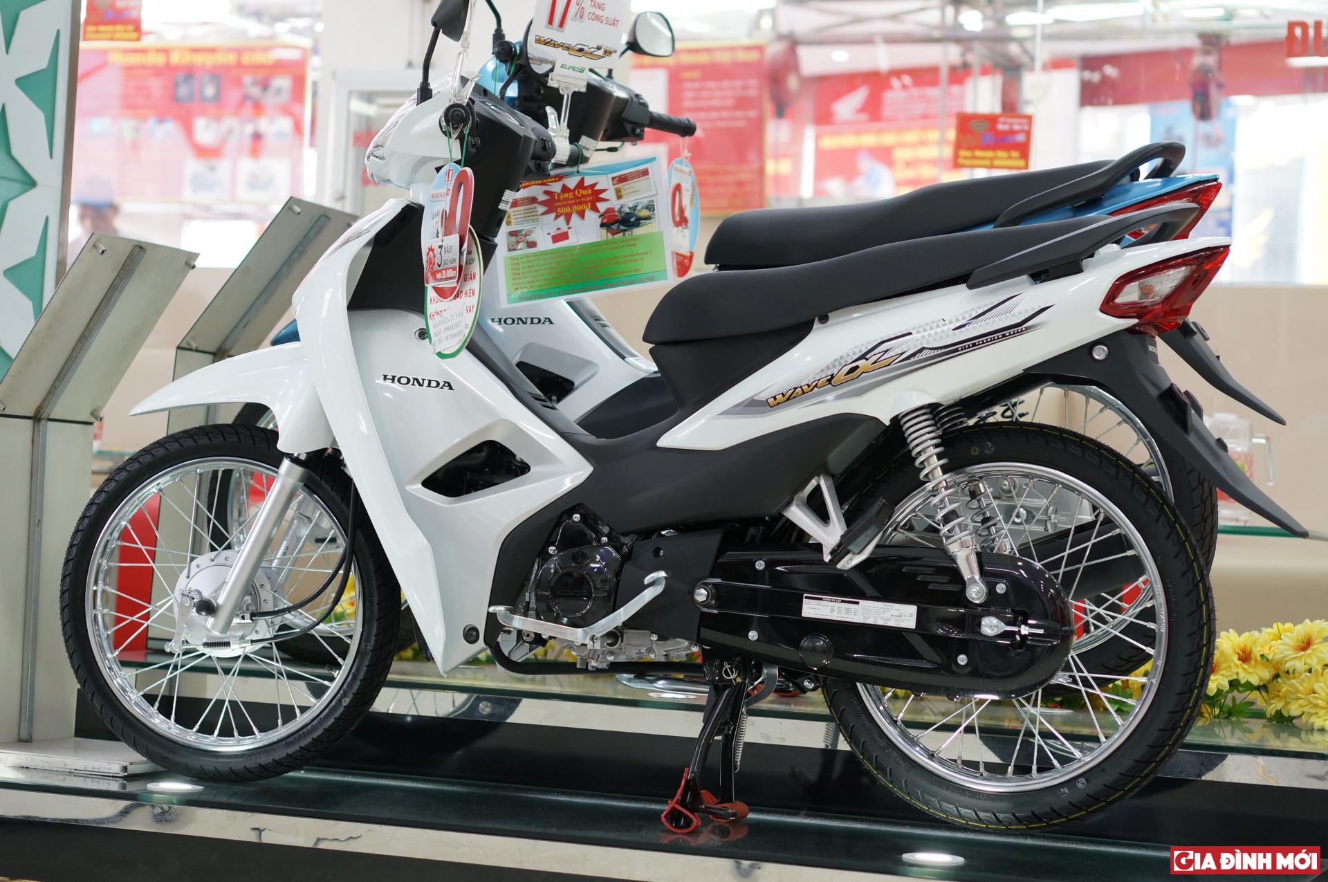 Vì sao không nên mua xe máy điện trong bối cảnh hiện nay?